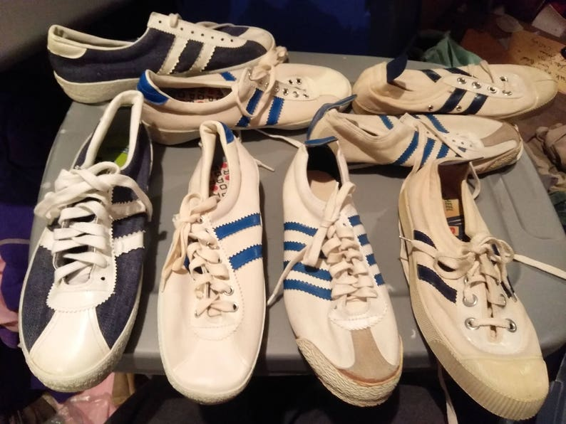 9ac9d21167e1 Deadstock vintage sneakers low top old shoes running track