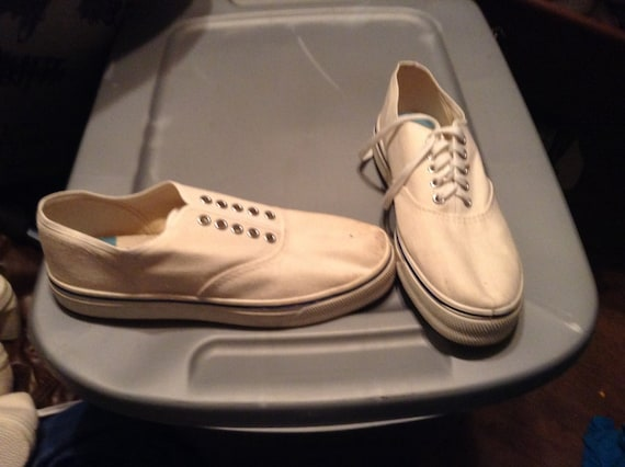 Deadstock vintage sneakers canvas 1960's Main Deck