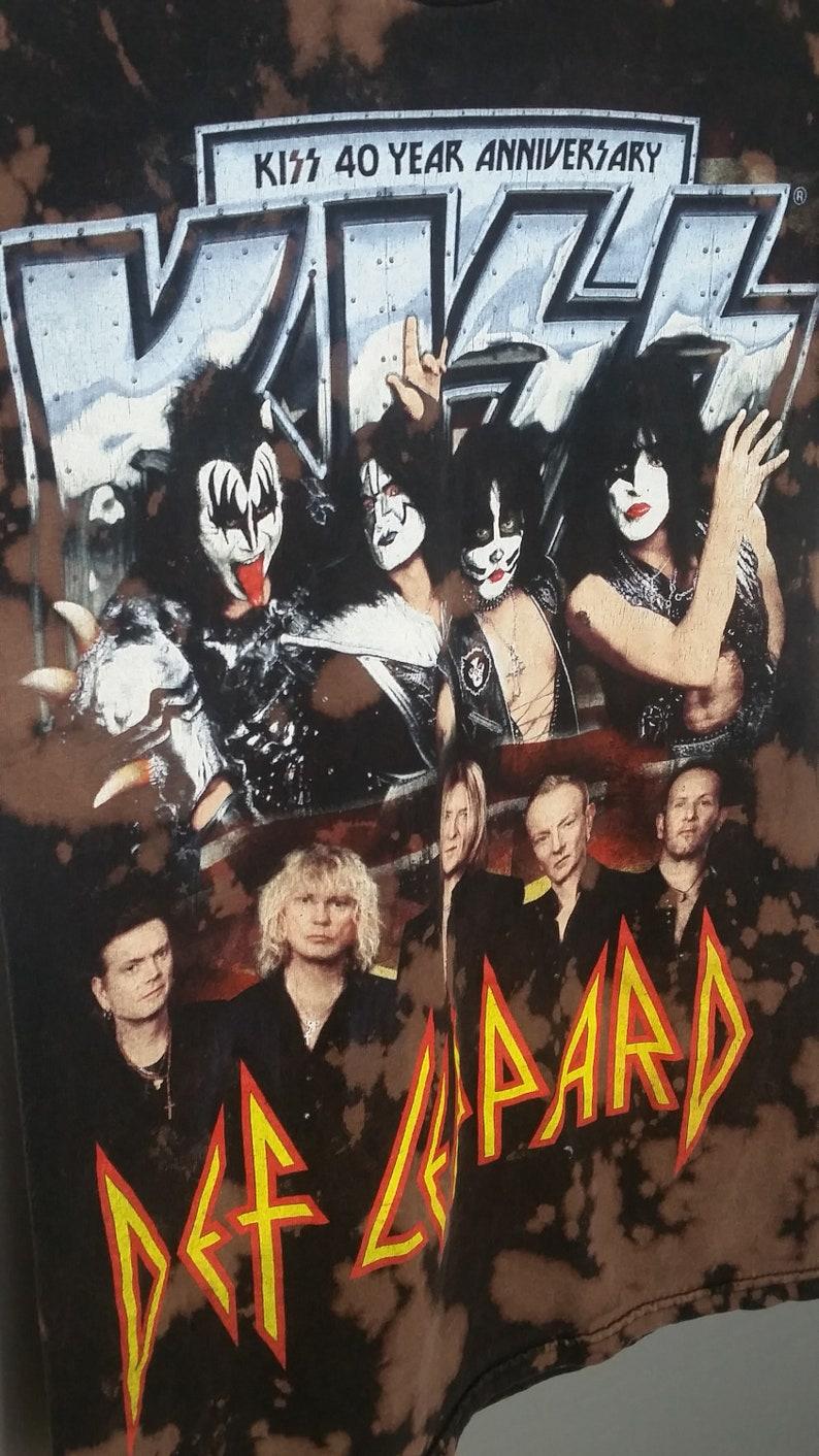 KISS DEF LEPPARD T-Shirt Music Tee Acid Wash 2014 Tour Unisex Mens Small  Hard Rock Heavy Metal Concert Womens Punk Grunge Aesthetic Shirts