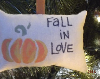 "Primitive Pumpkin ""Fall in Love"" Thanksgiving Fall Ornament Decoration"