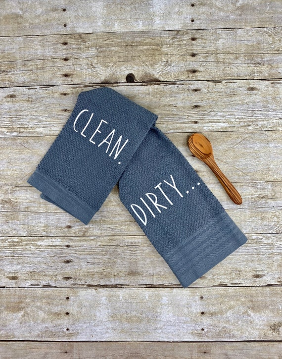 Welcome Gifts Gift for Housewarming or Showers Wedding Dishwasher Clean Dirty Magnet Sign -Square Double Sided Flip Kitchen Sign with Bonus Magnetic Plate and Modern Farmhouse Design