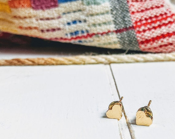 Gold Heart Earring | Minimalist | Simple Heart Earring | Bridesmaid | Maid Of Honor | Best Friend | Teacher Gift | Little Girls Earring