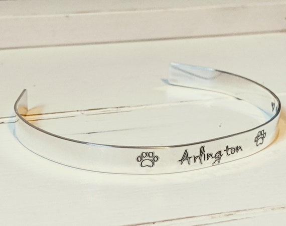 Sterling Silver | Loss of Dog | Loss of Cat | Pet Memorial Jewelry | Pet Loss Gift | Meet You At Rainbow Bridge | Personalized Pet Bracelet