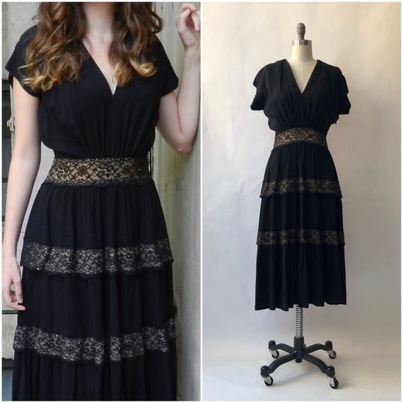 Vintage 1950s Layered Ruffle Dress / Small