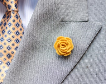Mustard yellow felt flower lapel pin | wedding Boutonniere alternative
