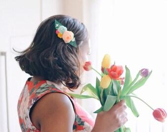 Spring wedding flower hair clips | flower haircomb for colorful bride | colourful hair flowers | flower hair clip for women