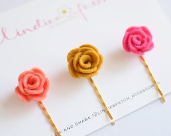 A set of 3 flower bobby pins for girls, that is a summer- autumn favourite. Handmade in England using 100% wool felt