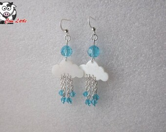 Pair of cloud pearl beads earring with Crystal and glass can be changed