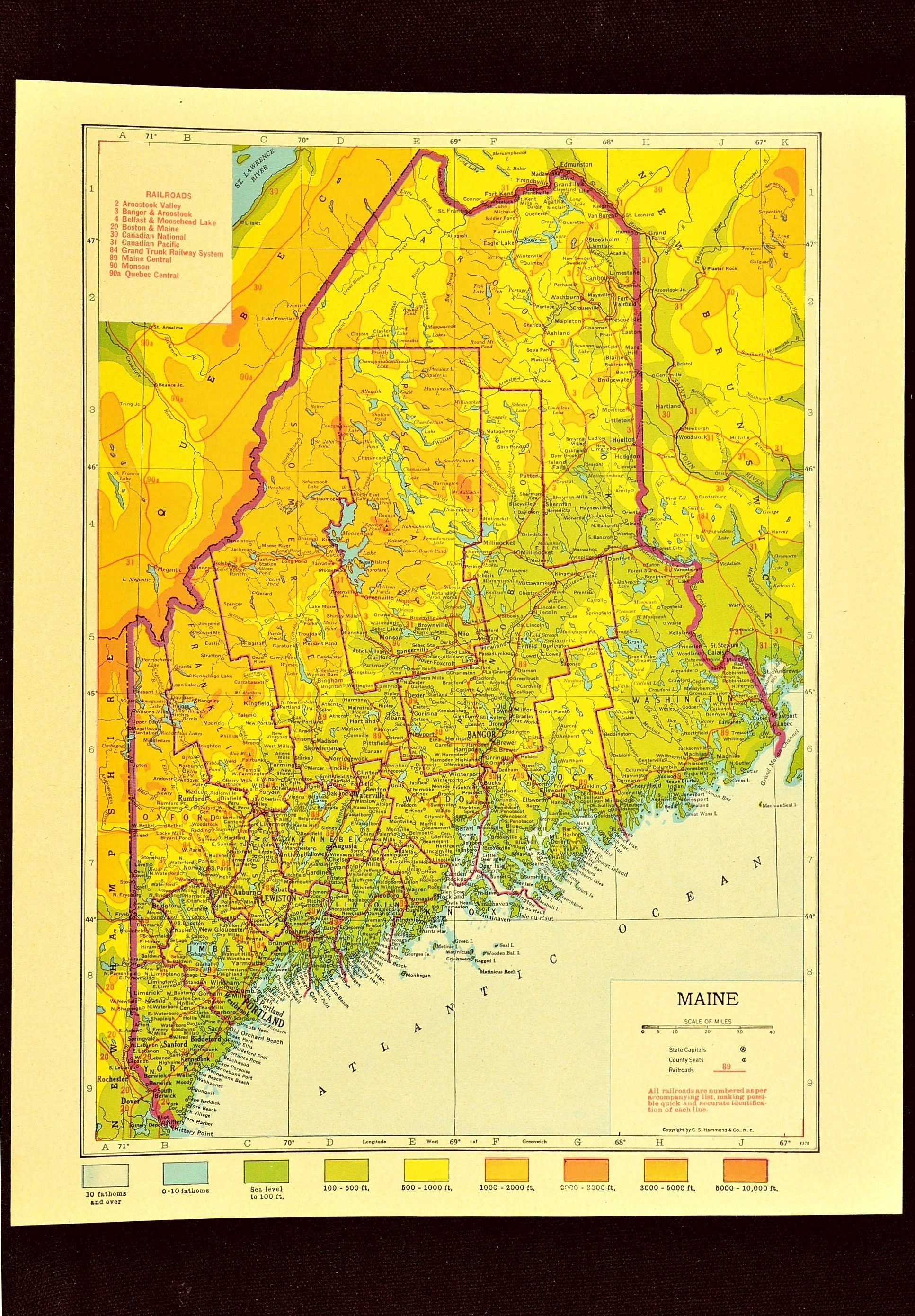 Maine Map Of Maine Topographic Map Wall Art Decor Colorful Etsy