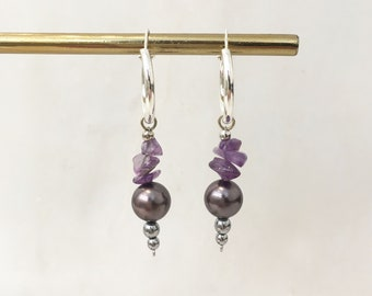 Lilac quartz and grey shell pearl hoops