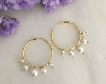 White shell pearl hoop Orientale earrings