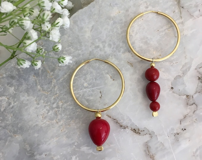 Mismatched gold plated silver hoop & red shell earrings