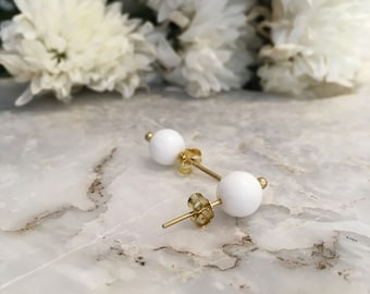 White onyx stud earrings