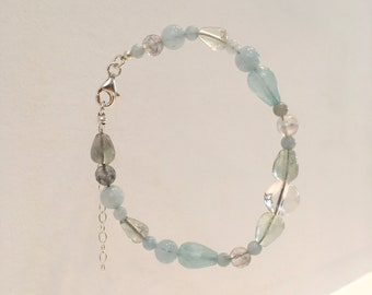 Aquamarine, grey quartz, fluorite, crystal and jade bracelet