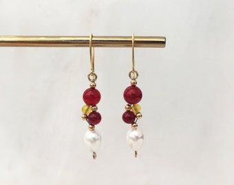 Red and yellow agate and shell pearl ''grape'' earrings