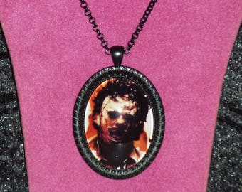Leatherface / The Texas Chainsaw Massacre Inspired Black Cameo Necklace / Horror Pendant / Horror Necklace / Leatherface Necklace / Horror