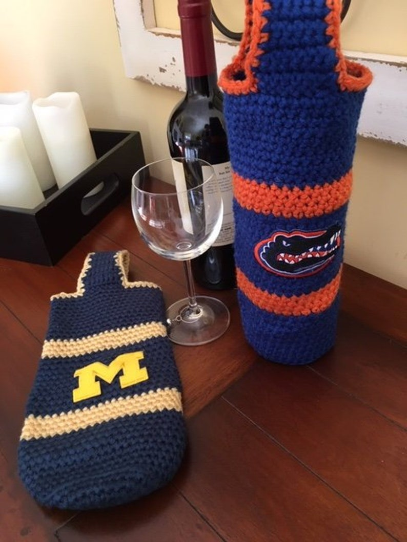 Collegiate Wine Carrier image 0