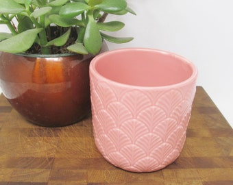 """CHRISTMAS SALE! Ceramic Plant Pot Pink 4"""" tall, 4.25"""" across (Ships Next Day!)"""