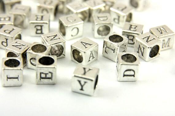 100 stück 7mm würfel weiß alphabet buchstaben perlen