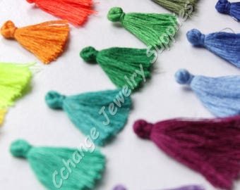 50pcs Mini Tassels, 2,5cm Cotton Tassels, Tiny Short Tassels, Handmade Tassels, Bookmark Tassels, Colourful Mini Tassels, Mini Cotton Tassel