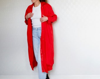 red trench // vintage red and black duster // full length windbreaker