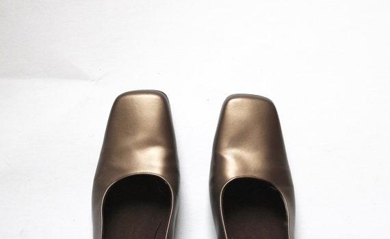 gold stuart weitzman pumps // vintage square toe … - image 7
