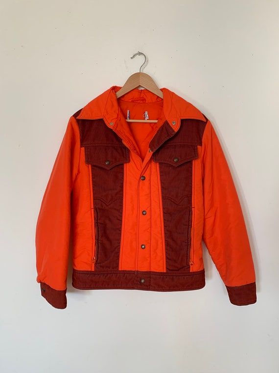 Vintage LEVI's Red and Burgundy Corduroy Puffy Jac