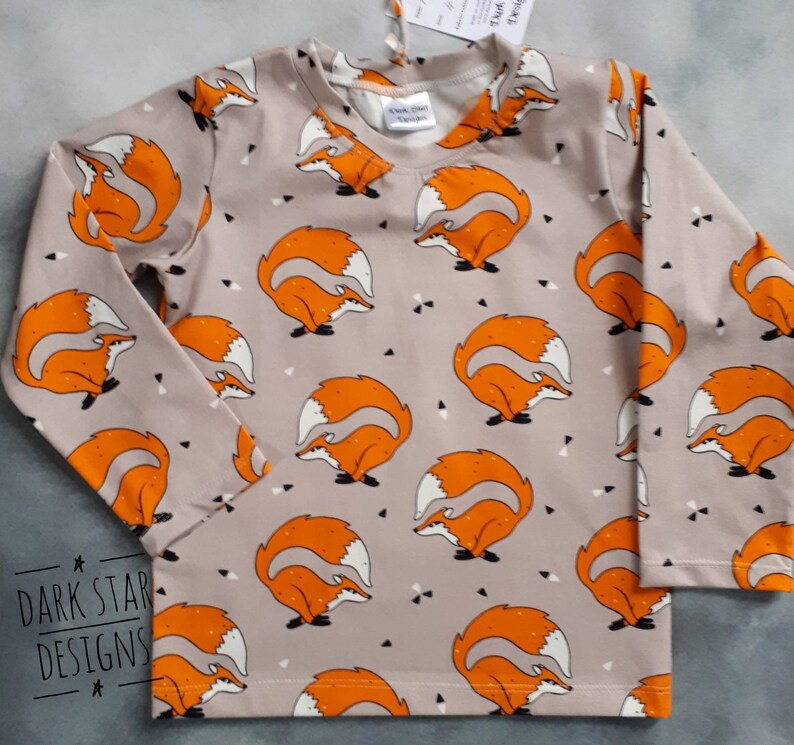 Fox t-shirt unisex top t-shirt childrens clothing long image 0