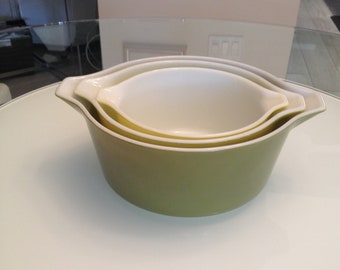 Vintage Pyrex, Olive Green Nesting Mixing Bowls