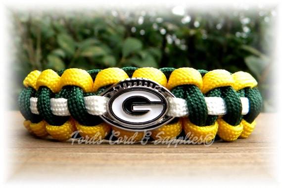 Green Bay Packers Paracord Bracelet w// NFL Dog Tag and Metal Buckle AWESOME!!!