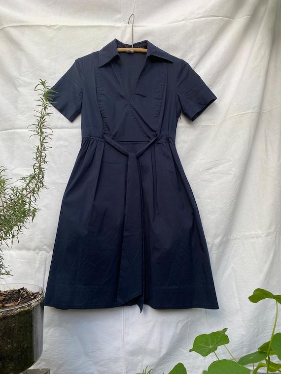 Diane Von Furstenberg navy dress size 6