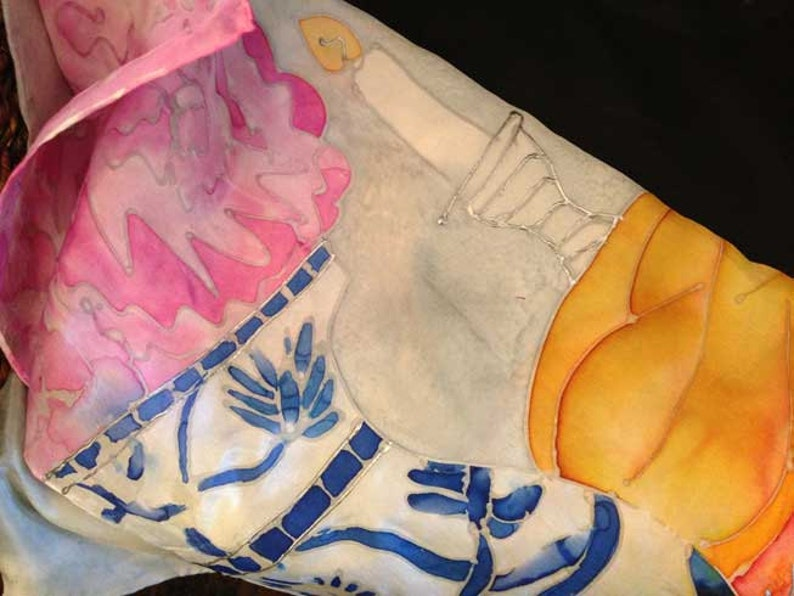 Vase /& Shabbat Scene with Silver Detailing Hand-Painted Silk Challah Cover bread cover : Peony Blessings Peonies