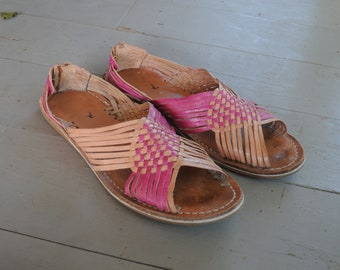 16f13522f440 ... clearance prices 06bdd 6d5dd Salmon and Fuschia Woven Checker Huarache  Leather Vintage 70s-80s Sandals ...