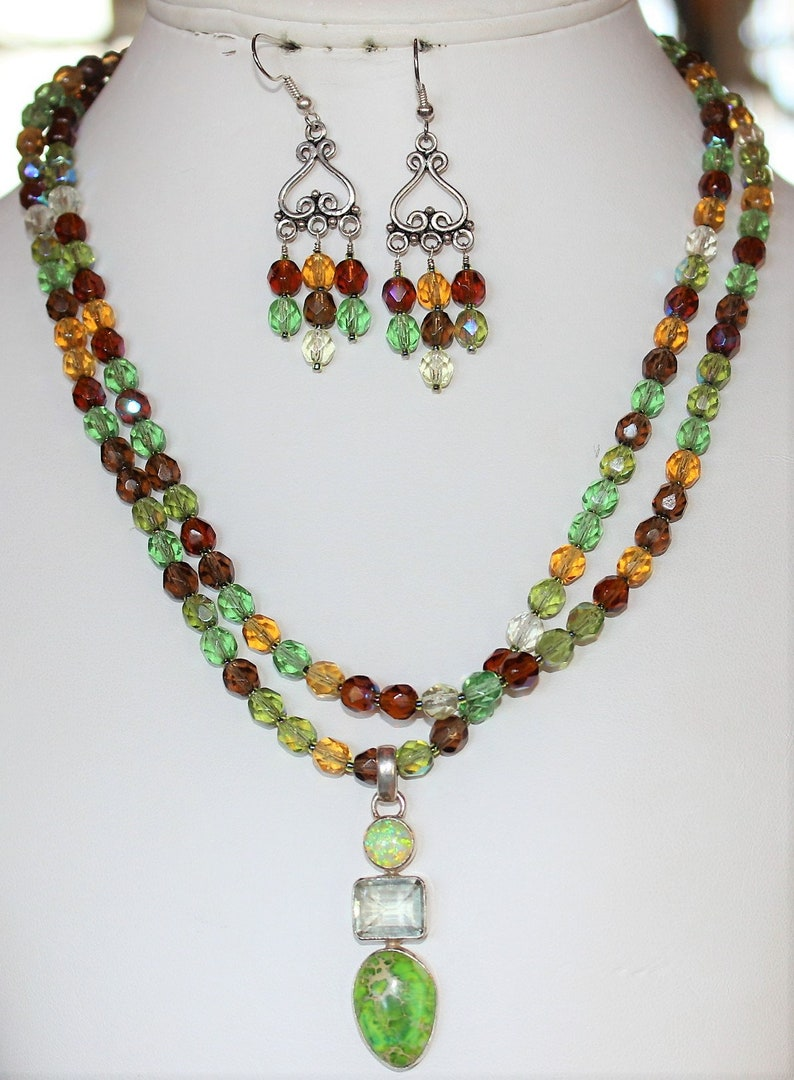 Sterling Clasp J23 Two Strand Czech Crystal Statement Necklace w Earrings Quartz /& Green Magnesite Sterling Pendant Opal