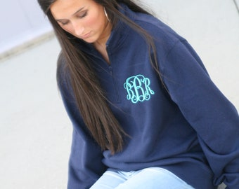 monogrammed quarter zip/ quarter zip/ monogrammed sweater/ monogrammed sweatshirt/ gifts for her/ Christmas gift