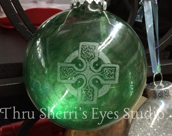 Celtic Cross tree ornament - Celtic Cross, tree ornament, Christmas tree ornament, Celtic Cross design, Celtic design, holiday decorations
