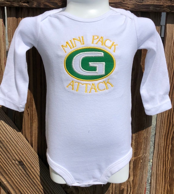 56c8af001 Green Bay Packers appliqué baby creeper Packers fan baby