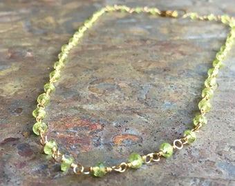 Peridot gemstone gold choker necklace