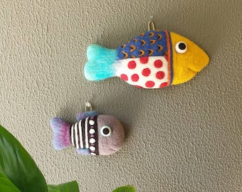 Needle Felted Wall Hang Fish (big - dotted)