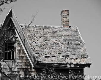 Abandoned House Photo, Old House Photography, Black and White Photo, Rustic Building Photo, Brooding Art, Farm House Photo, Haunted Houses