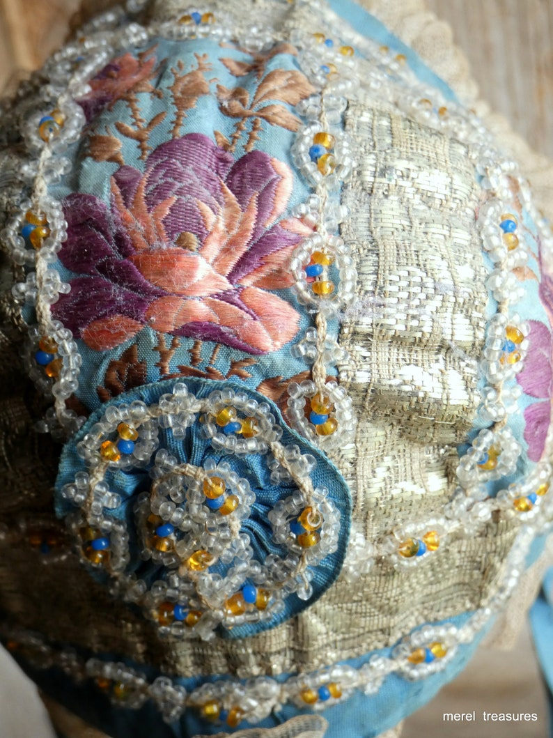 antique 18th century spitalfield silk metallic lace  french image 0