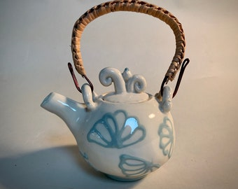 Tiny Teapot, Little ceramic teapot, Tea for one, Unique Little Teapot, Handmade Teapot, Unusual Teapot, Handmade Teapot, Functional Teapot