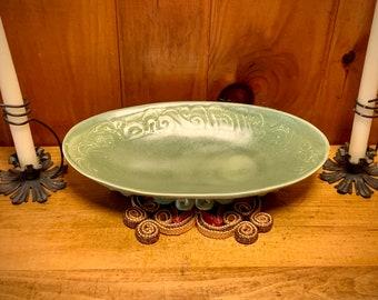 Handmade stoneware Platter, Unique Oval Bowl, Green Stoneware Bowl, Serving Bowl, Veggie Platter, Unusual Serving Dish, Ceramic Platter