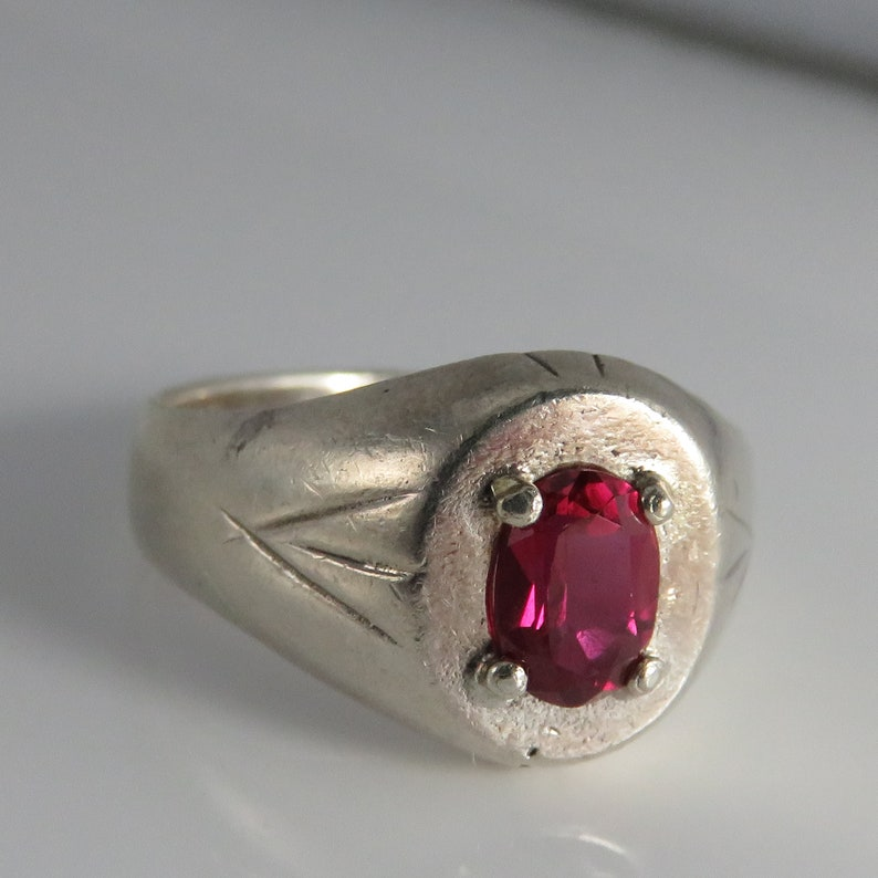 Vintage Sterling Silver Natural Ruby Mans Ring sz 10.
