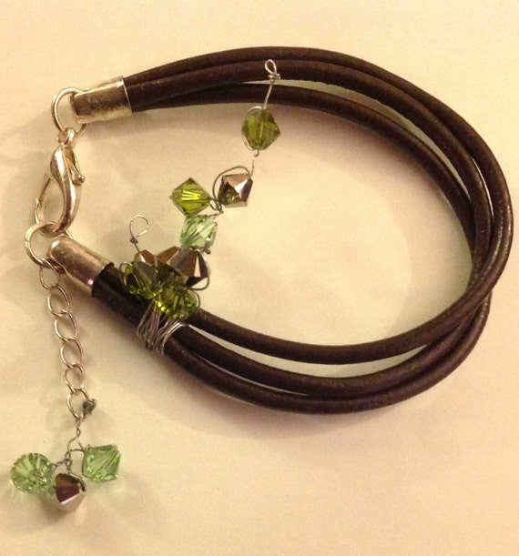 Hand made triple leather band braclet with random wired swaroviski crystal braclet