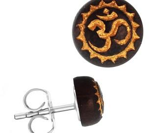 Wood earrings stainless steel Sonoholz round 8 mm laser-engraved golden OM Zackenkreis(Art-Nr. ES-1343-11)