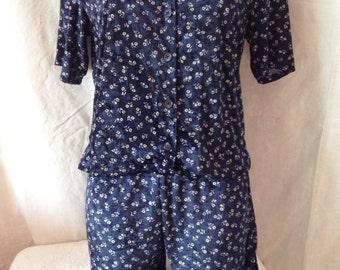 All pants / Pajamas vintage, Navy Blue ras velvet, white flowers, T U.