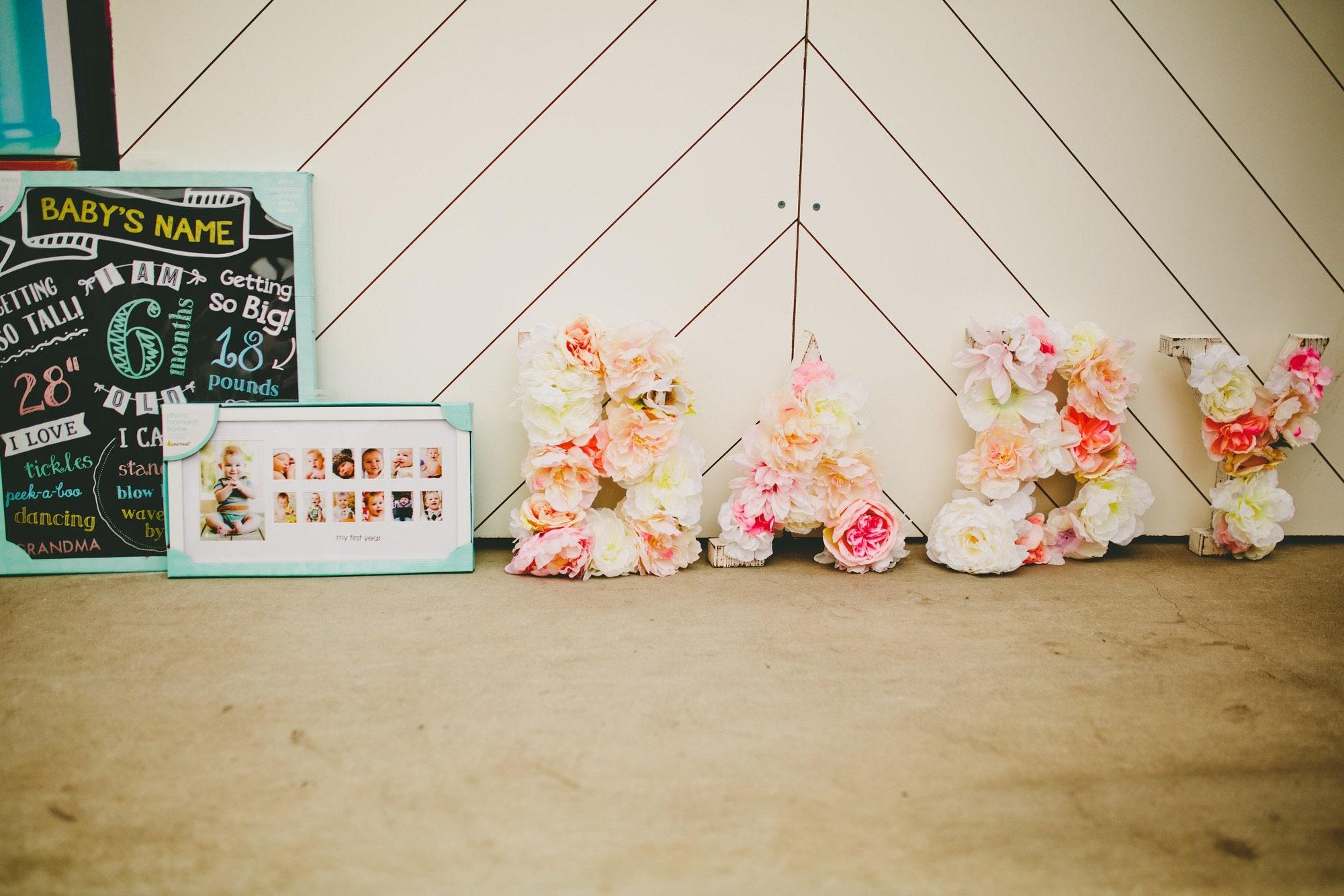 Baby Blume Buchstaben / Holz Buchstaben / Initial floralen | Etsy