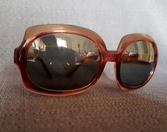 78f97a19395 Original 1960s Polaroid Cool-Ray Sunglasses
