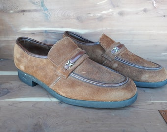 5a16a416ab5 Vintage men's Hush Puppies Penny loafers brown suede leather shoes mens  size 10 US.